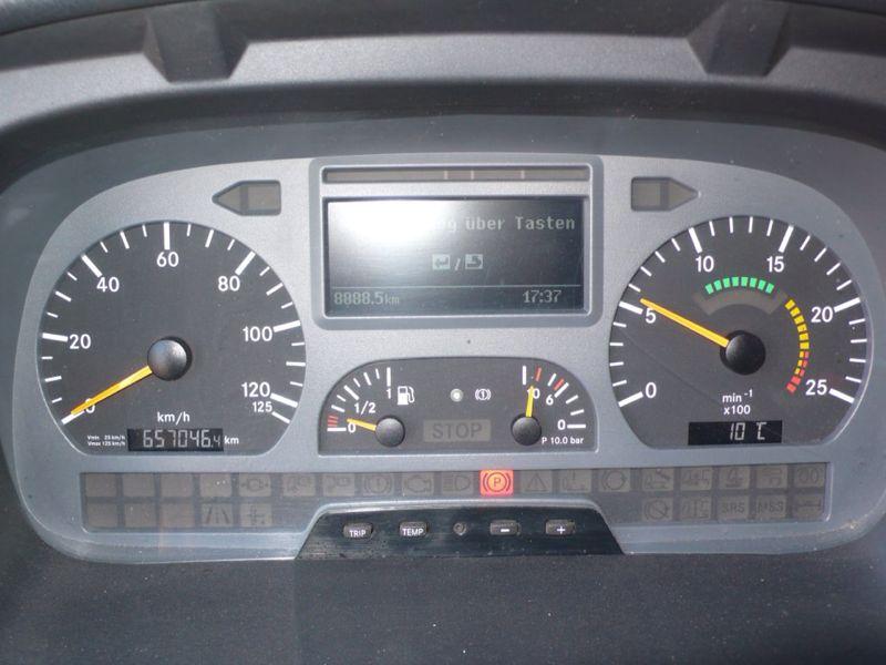 للبيع شاحنه أكسور موديل :2006