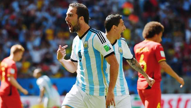 الأرجنتين إلى نصف النهائي لأول مرة منذ 1990 - منتديات برق