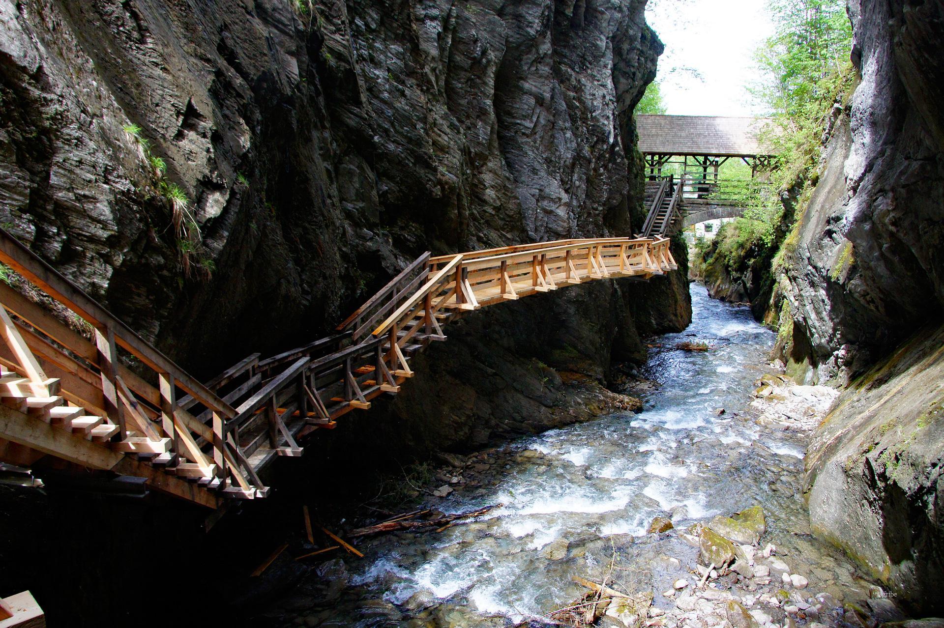 أبرز الأماكن السياحية في كابرون الجميلة 558650280.jpg