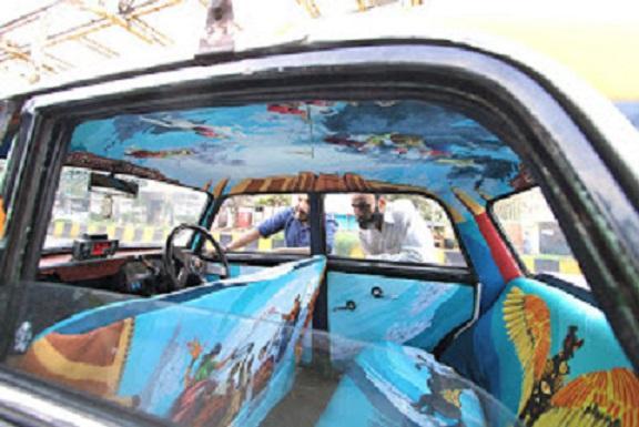 سيارات اجرة في الهند تتحول 188797674.jpg