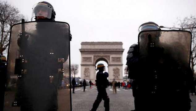 اعتقالات وإصابات أثناء احتجاجات