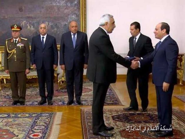 سفير العراق يقدم أوراق اعتماده للرئيس المصري  ويلتقي شيخ الازهر